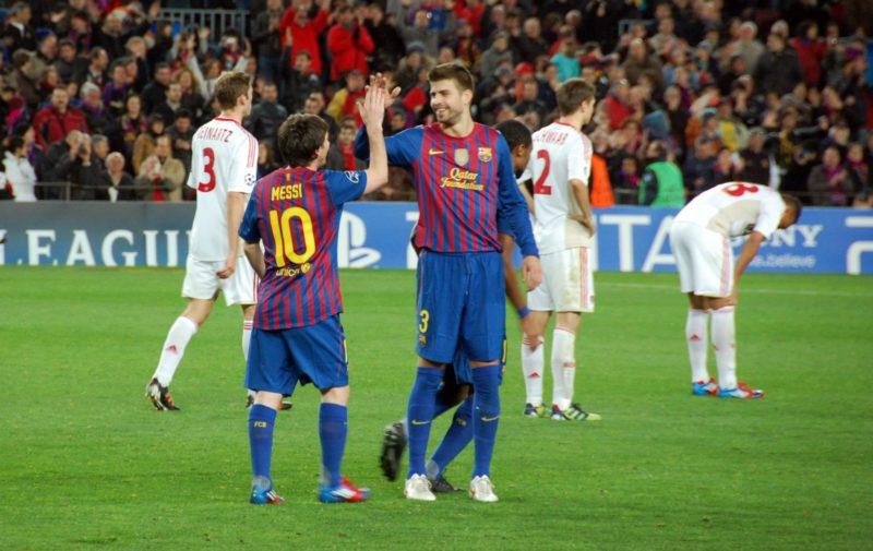 Barcelona players highfiving