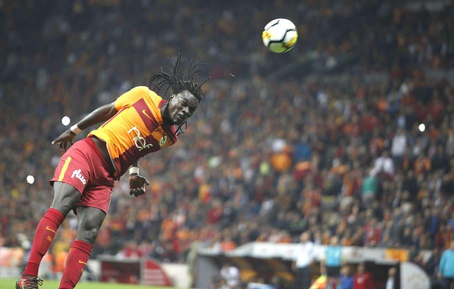 bafetimbi gomis galatasaray lion goal of happiness - Europa League 2020: Day 2 Last-16 Match Reviews